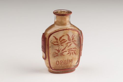 Jar for storing opium