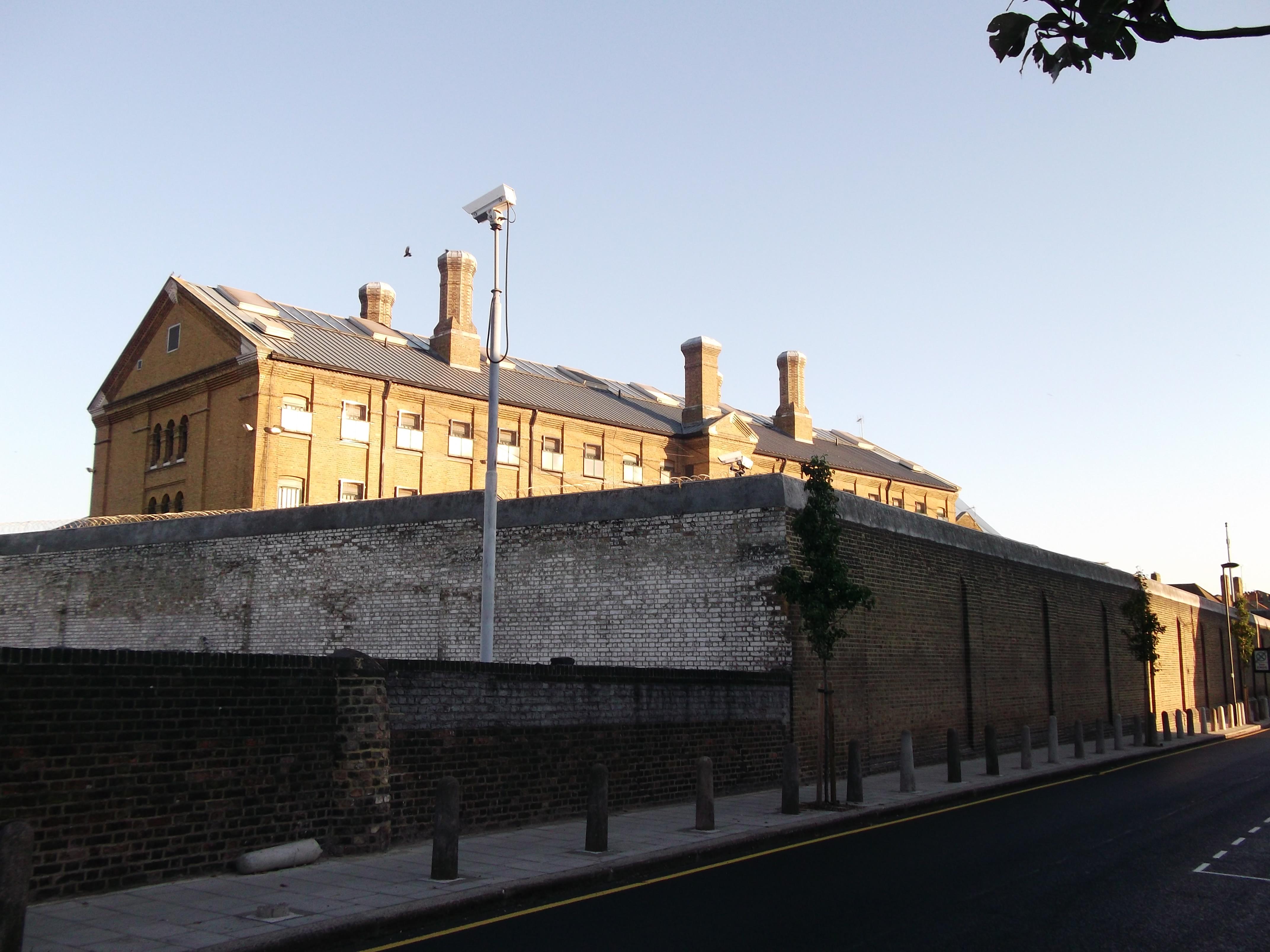 Wall_of_H.M._Prison_Brixton_(geograph_2640556)